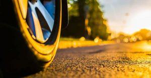 Prepara el teu cotxe per l'onada de calor | Autoescola Sant Feliu
