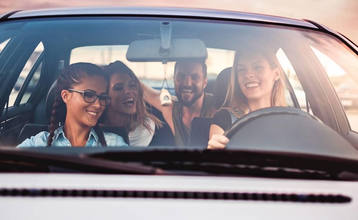 Els joves perden interés en treure el permís de conduir | Autoescola Sant Feliu